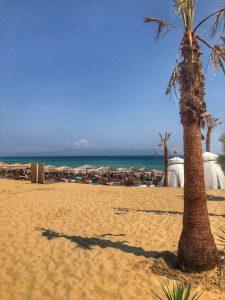 плаж-амолофои-бар-парадайс-неа-перамос-кавала